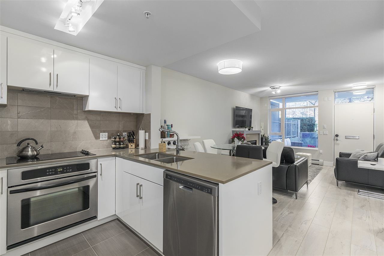 "Main Photo: 1301 CIVIC PLACE Mews in North Vancouver: Central Lonsdale Townhouse for sale in ""Vista Place"" : MLS® # R2244571"