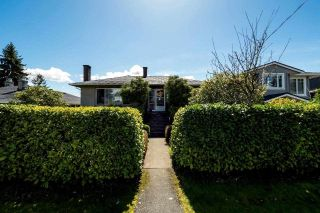 Main Photo: 767 E 14TH Street in North Vancouver: Boulevard House for sale : MLS®# R2260786