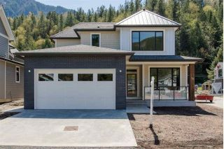 "Main Photo: 36 1885 COLUMBIA VALLEY Road in Cultus Lake: Lindell Beach House for sale in ""Aquadel Crossing"" : MLS®# R2290784"