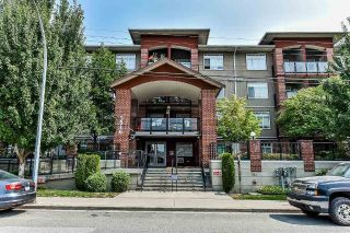 "Main Photo: 304 5516 198 Street in Langley: Langley City Condo for sale in ""MADISON VILLAS"" : MLS®# R2297958"