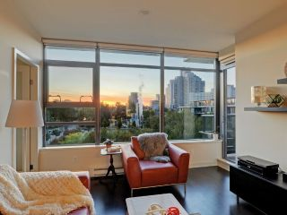 "Main Photo: 513 2851 HEATHER Street in Vancouver: Fairview VW Condo for sale in ""Tapestry"" (Vancouver West)  : MLS®# R2315188"