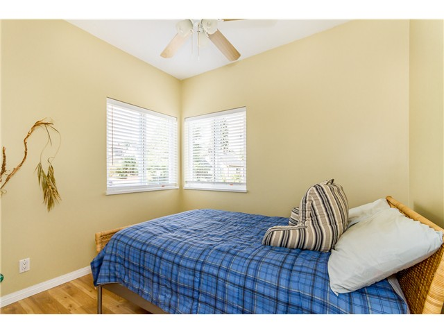 Photo 12: 127 RICHMOND ST in New Westminster: The Heights NW House for sale : MLS(r) # V1023130