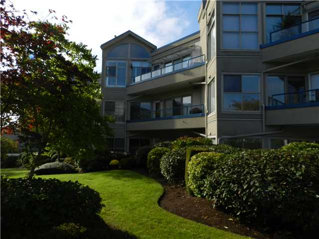 Main Photo: 206 4743 W RIVER Road in Ladner: Ladner Elementary Condo for sale : MLS(r) # V1032216