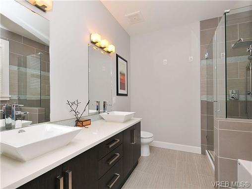 Ensuite, heated floors, separate shower and tub