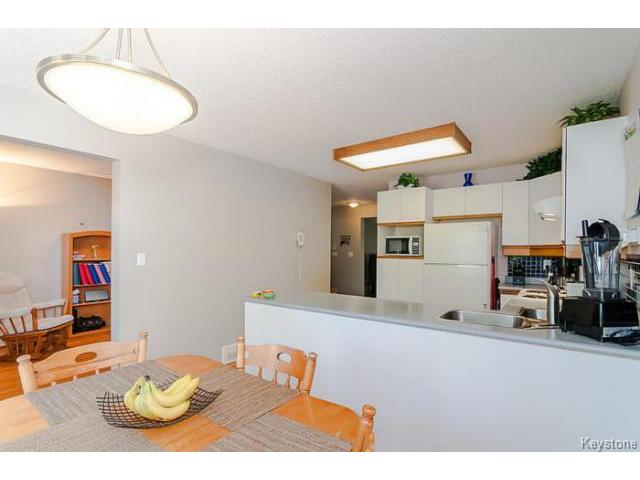 Photo 6: 181 Kildonan Meadow Drive in WINNIPEG: Transcona Residential for sale (North East Winnipeg)  : MLS® # 1412346