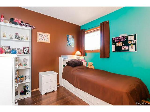 Photo 12: 181 Kildonan Meadow Drive in WINNIPEG: Transcona Residential for sale (North East Winnipeg)  : MLS® # 1412346