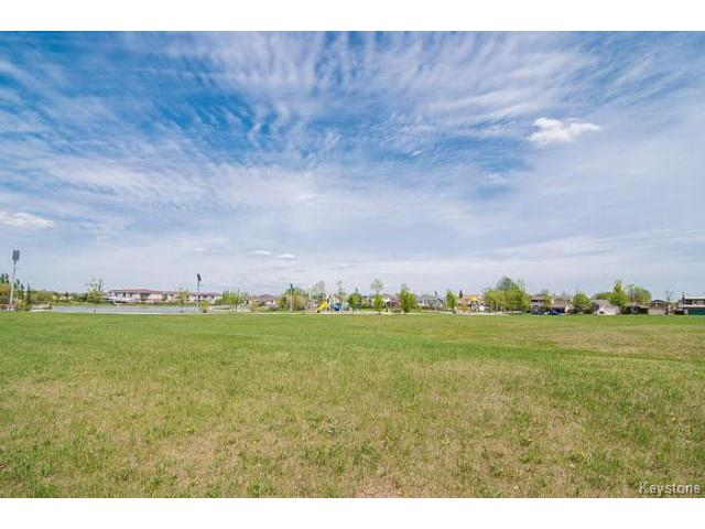 Photo 18: 181 Kildonan Meadow Drive in WINNIPEG: Transcona Residential for sale (North East Winnipeg)  : MLS® # 1412346