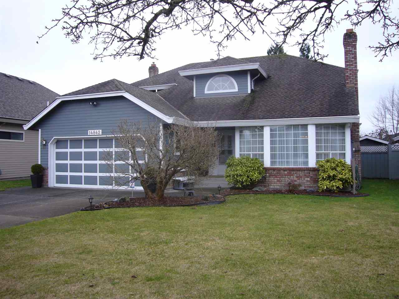 "Main Photo: 14842 21A Avenue in Surrey: Sunnyside Park Surrey House for sale in ""MERIDIAN BY THE SEA"" (South Surrey White Rock)  : MLS® # R2026662"