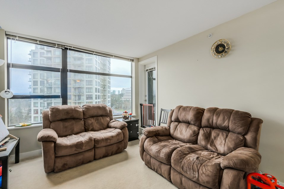 "Photo 2: 1401 5380 OBEN Street in Vancouver: Collingwood VE Condo for sale in ""URBA"" (Vancouver East)  : MLS(r) # R2032999"