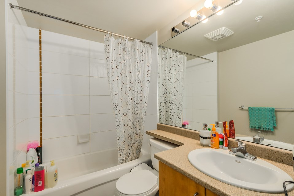 "Photo 9: 1401 5380 OBEN Street in Vancouver: Collingwood VE Condo for sale in ""URBA"" (Vancouver East)  : MLS(r) # R2032999"