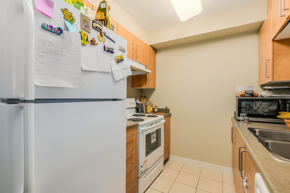 "Photo 6: 1401 5380 OBEN Street in Vancouver: Collingwood VE Condo for sale in ""URBA"" (Vancouver East)  : MLS(r) # R2032999"