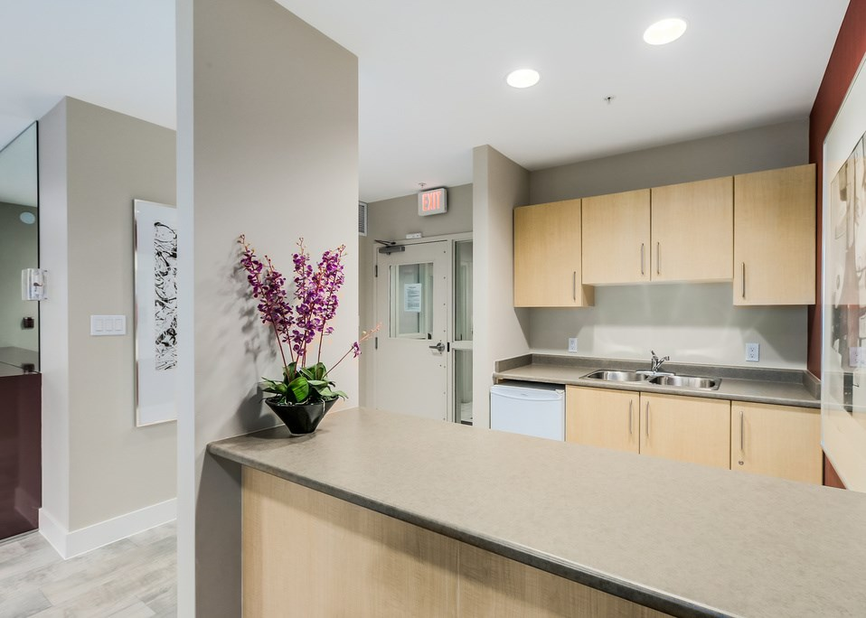 "Photo 14: 1401 5380 OBEN Street in Vancouver: Collingwood VE Condo for sale in ""URBA"" (Vancouver East)  : MLS(r) # R2032999"
