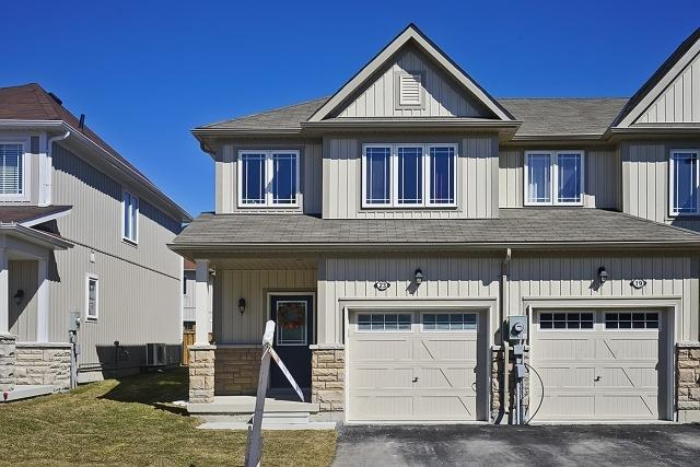 Main Photo: 23 Dykstra Lane in Clarington: Bowmanville House (2-Storey) for sale : MLS® # E3449961