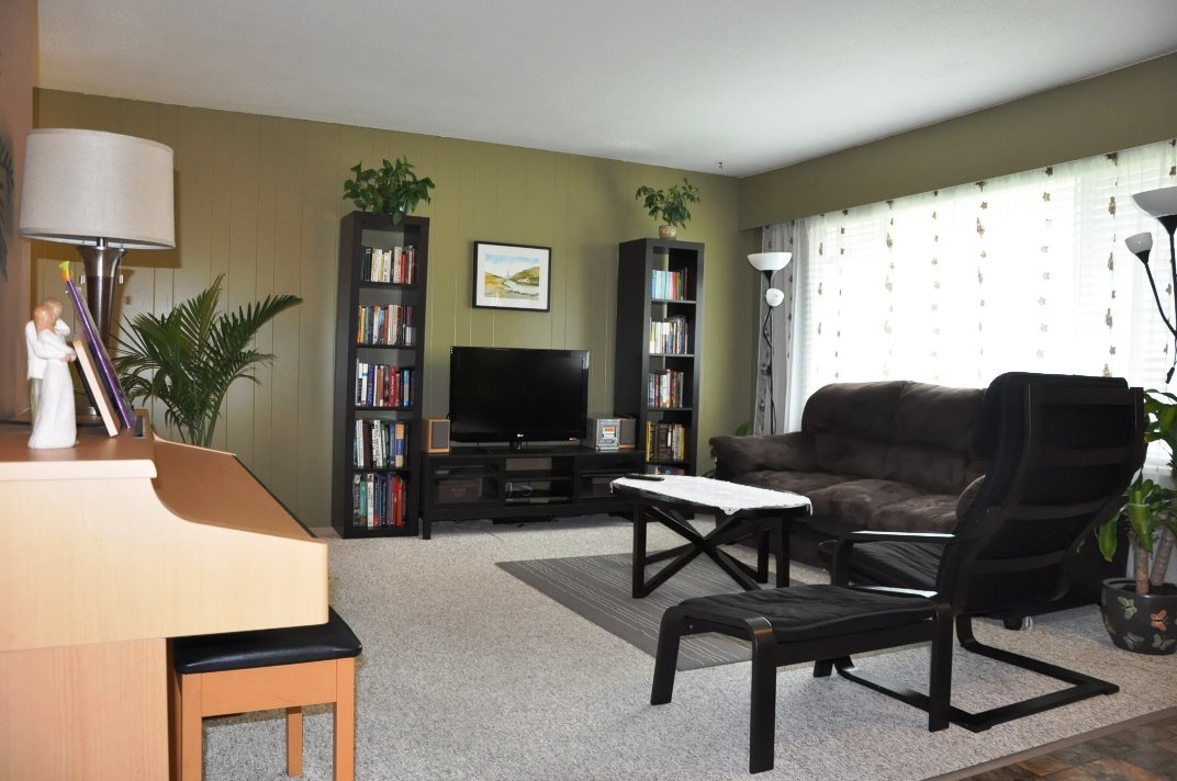 Photo 16: 835 ESSEX Avenue in Port Coquitlam: Lincoln Park PQ House Duplex for sale : MLS® # R2058872