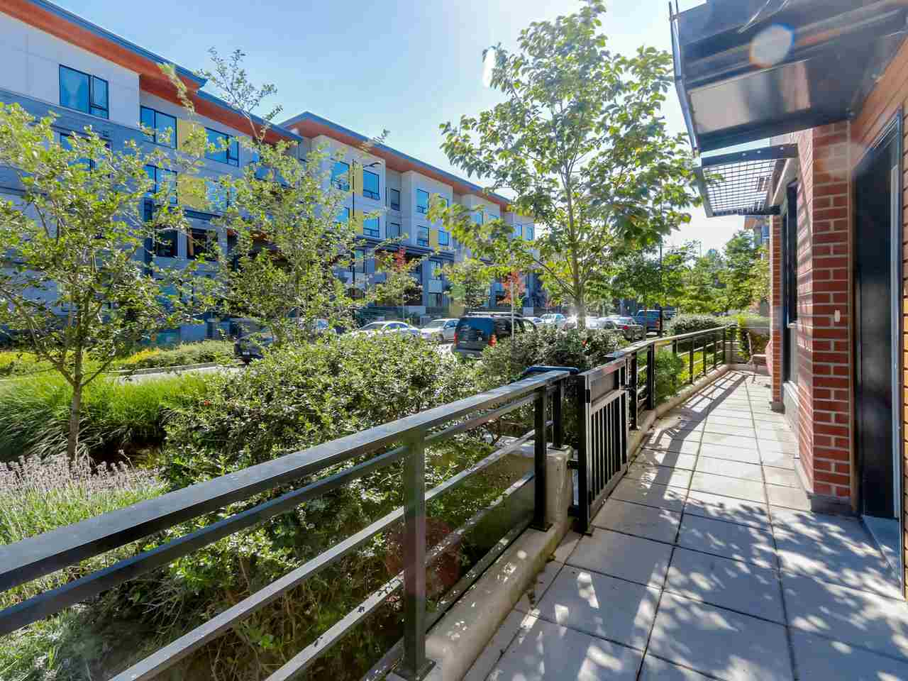 "Photo 18: 109 3133 RIVERWALK Avenue in Vancouver: Champlain Heights Condo for sale in ""NEW WATER"" (Vancouver East)  : MLS(r) # R2085725"