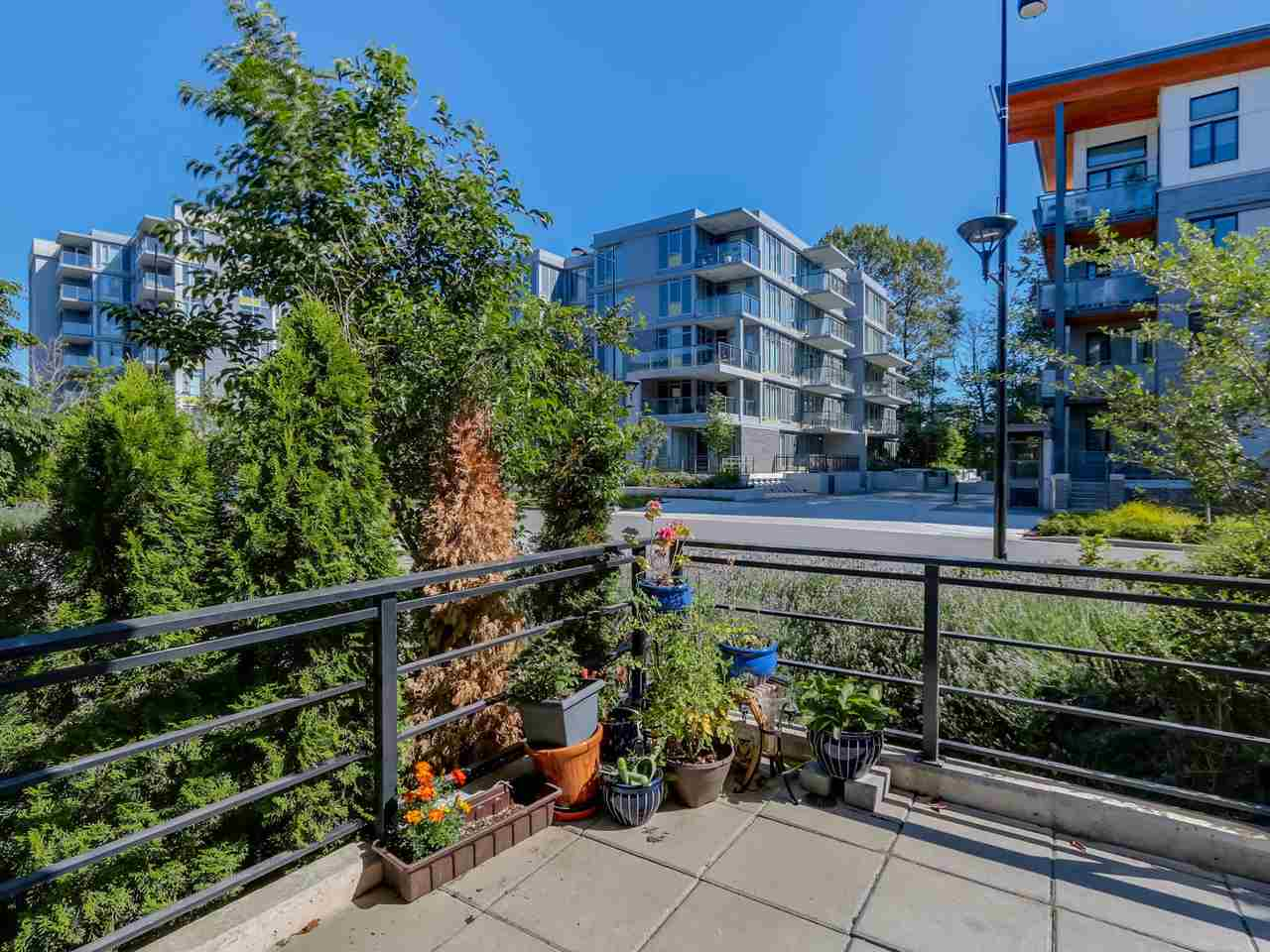 "Photo 17: 109 3133 RIVERWALK Avenue in Vancouver: Champlain Heights Condo for sale in ""NEW WATER"" (Vancouver East)  : MLS(r) # R2085725"