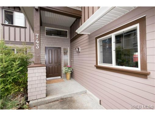 Photo 19: 743 Claudette Court in VICTORIA: Co Triangle Single Family Detached for sale (Colwood)  : MLS(r) # 367797