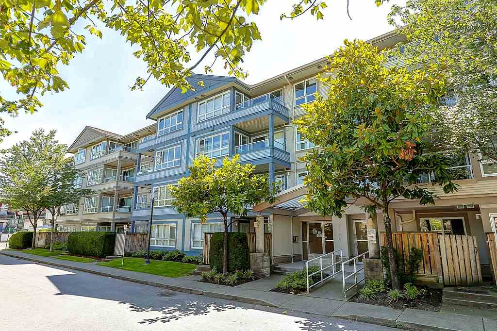 "Main Photo: 304 3480 YARDLEY Avenue in Vancouver: Collingwood VE Condo for sale in ""THE AVALON"" (Vancouver East)  : MLS® # R2097199"