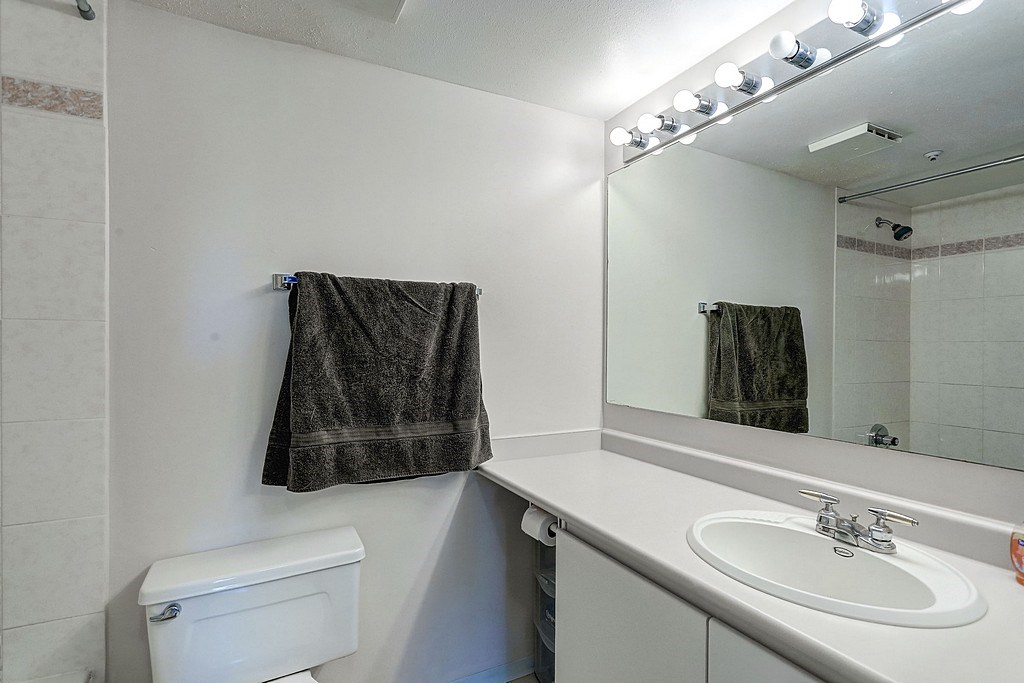 "Photo 12: 304 3480 YARDLEY Avenue in Vancouver: Collingwood VE Condo for sale in ""THE AVALON"" (Vancouver East)  : MLS® # R2097199"