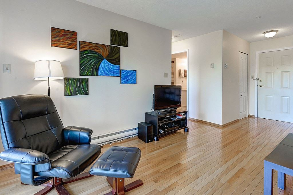 "Photo 9: 304 3480 YARDLEY Avenue in Vancouver: Collingwood VE Condo for sale in ""THE AVALON"" (Vancouver East)  : MLS® # R2097199"