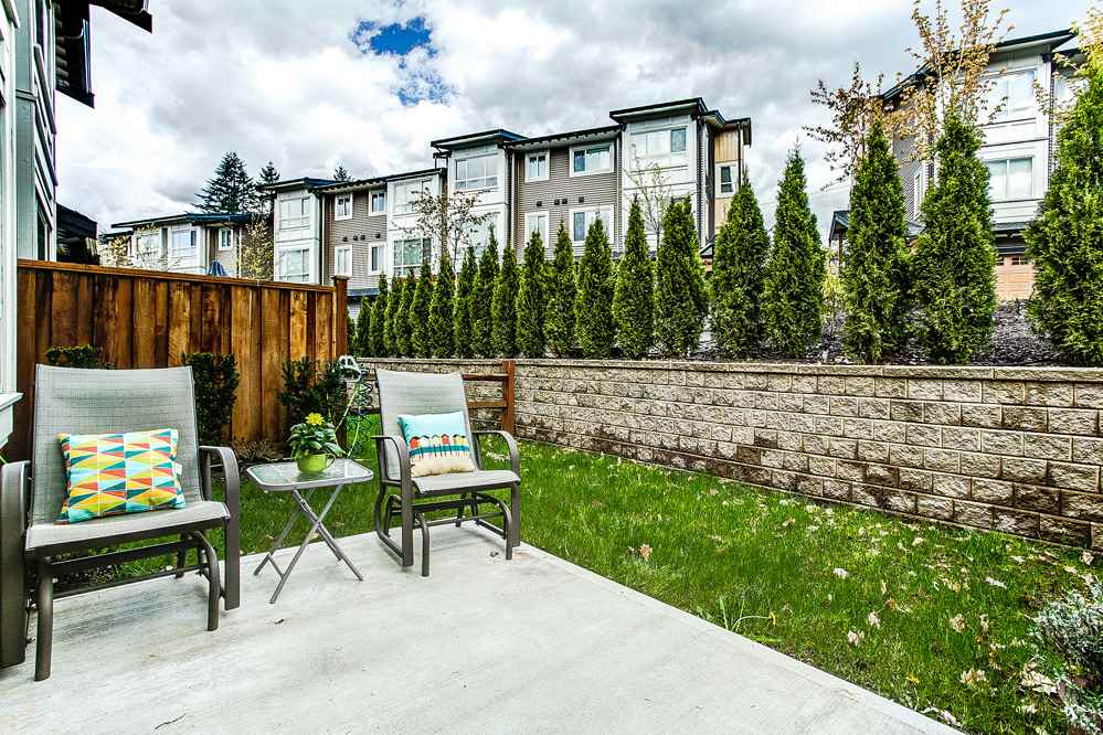 "Photo 18: 31 23986 104 Avenue in Maple Ridge: Albion Townhouse for sale in ""SPENCER BROOK ESTATES"" : MLS(r) # R2162286"