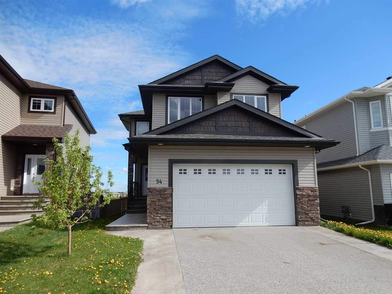 Main Photo: 54 Spruce Ridge Drive: Spruce Grove House for sale : MLS(r) # E4069571