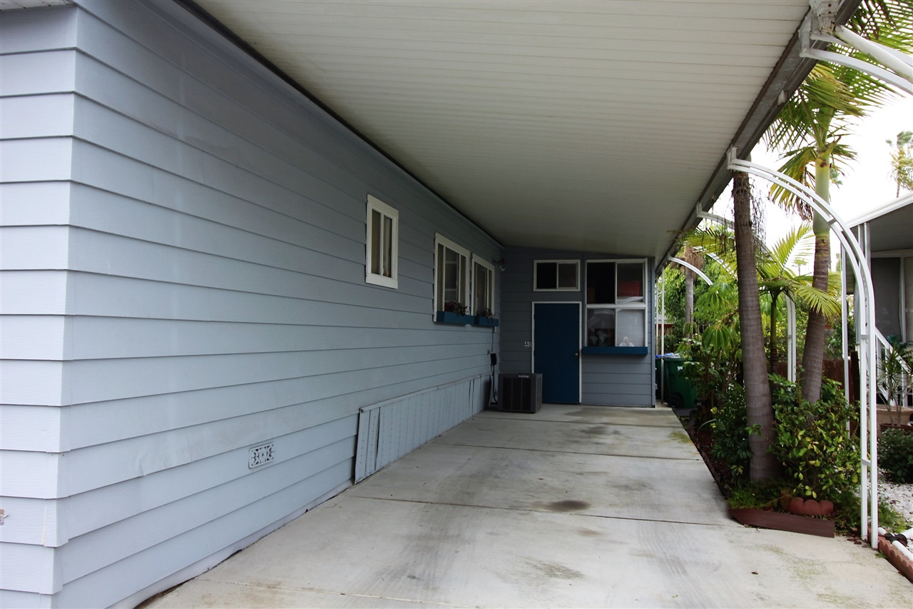 Photo 18: CARLSBAD WEST Manufactured Home for sale : 2 bedrooms : 7021 San Bartolo #40 in Carlsbad