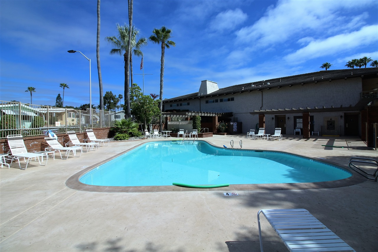 Photo 25: CARLSBAD WEST Manufactured Home for sale : 2 bedrooms : 7021 San Bartolo #40 in Carlsbad