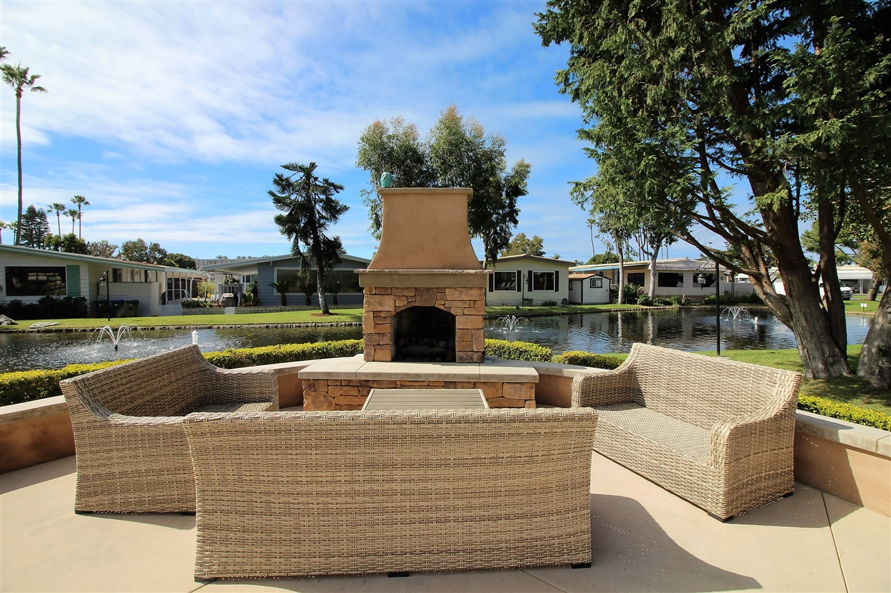 Photo 22: CARLSBAD WEST Manufactured Home for sale : 2 bedrooms : 7021 San Bartolo #40 in Carlsbad