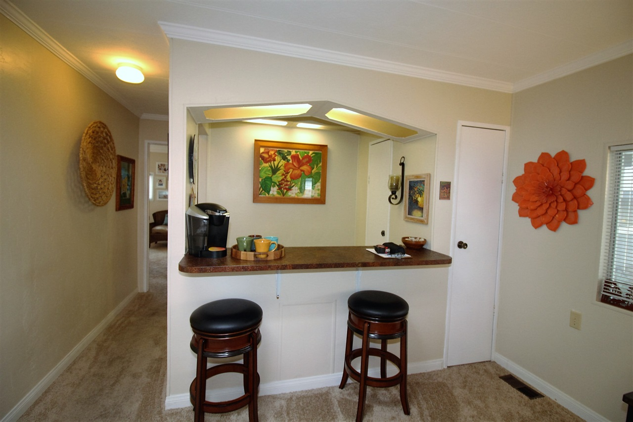 Photo 12: CARLSBAD WEST Manufactured Home for sale : 2 bedrooms : 7021 San Bartolo #40 in Carlsbad