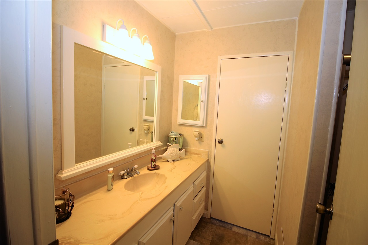 Photo 16: CARLSBAD WEST Manufactured Home for sale : 2 bedrooms : 7021 San Bartolo #40 in Carlsbad