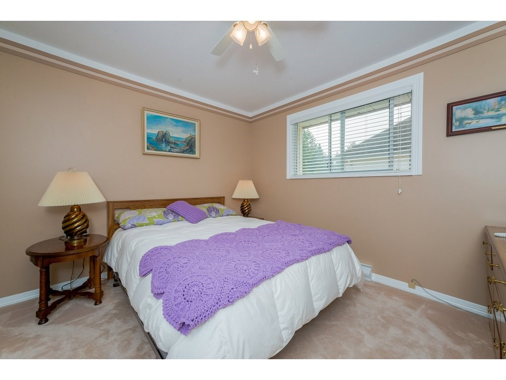 Photo 15: 3427 199 STREET in Langley: Brookswood Langley House for sale : MLS® # R2194877