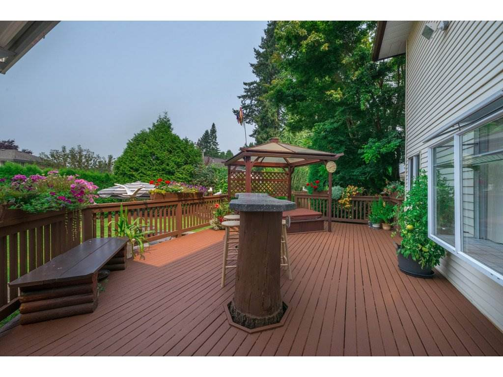 Photo 19: 3427 199 STREET in Langley: Brookswood Langley House for sale : MLS® # R2194877