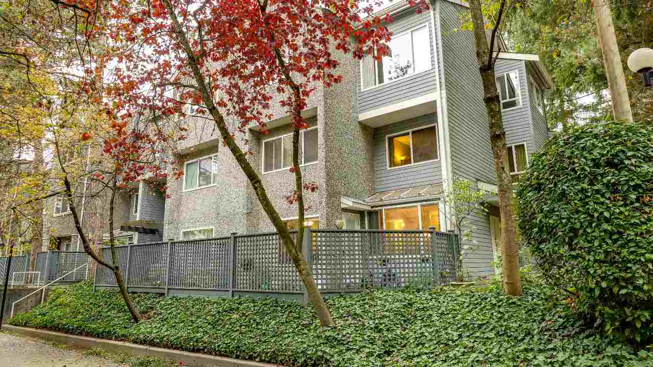 "Main Photo: 8003 E CHAMPLAIN Crescent in Vancouver: Champlain Heights Townhouse for sale in ""Champlain Ridge"" (Vancouver East)  : MLS® # R2216541"