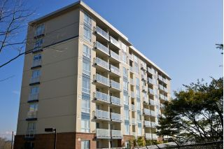 "Main Photo: 710 200 KEARY Street in New Westminster: Sapperton Condo for sale in ""ANVIL"" : MLS® # R2231214"