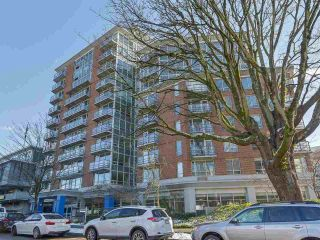 "Main Photo: 1103 1570 W 7TH Avenue in Vancouver: Fairview VW Condo for sale in ""TERRACES ON 7TH"" (Vancouver West)  : MLS®# R2249302"