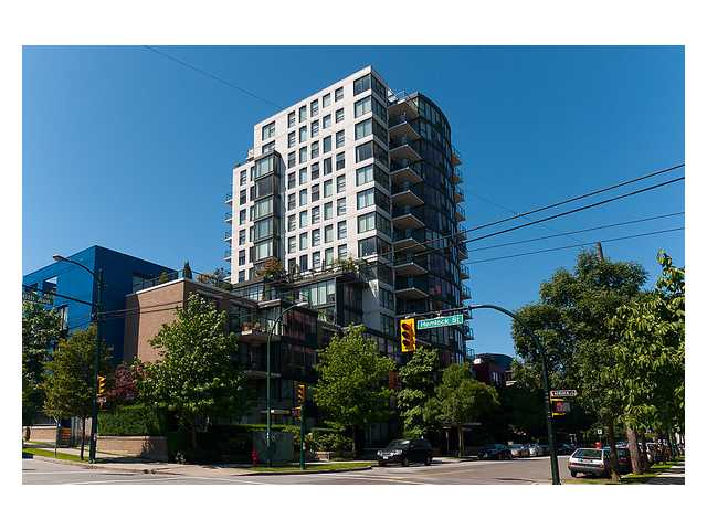"Main Photo: 304 1428 W 6TH Avenue in Vancouver: Fairview VW Condo for sale in ""SIENA"" (Vancouver West)  : MLS® # V898930"
