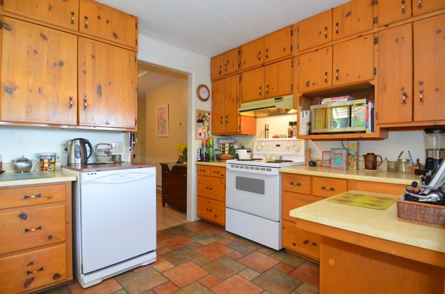Photo 12: Photos: 676 BAY ROAD in MILL BAY: House for sale