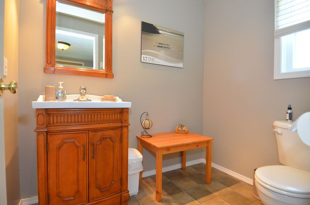 Photo 37: Photos: 676 BAY ROAD in MILL BAY: House for sale