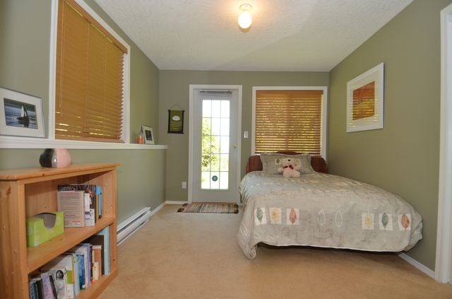 Photo 38: Photos: 676 BAY ROAD in MILL BAY: House for sale