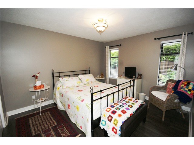 Photo 14: 9540 PATTERSON Road in Richmond: West Cambie House 1/2 Duplex for sale : MLS® # V1070788