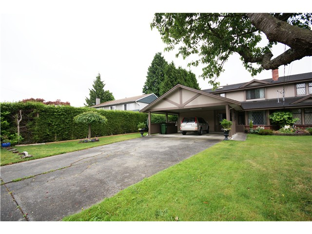 Photo 2: 9540 PATTERSON Road in Richmond: West Cambie House 1/2 Duplex for sale : MLS(r) # V1070788