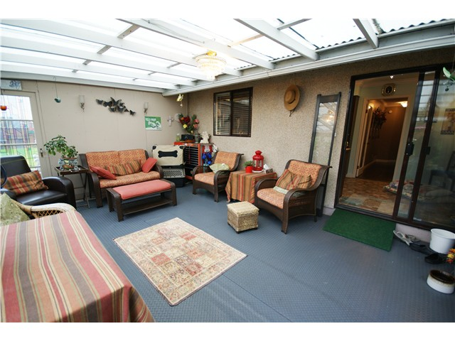 Photo 17: 9540 PATTERSON Road in Richmond: West Cambie House 1/2 Duplex for sale : MLS(r) # V1070788
