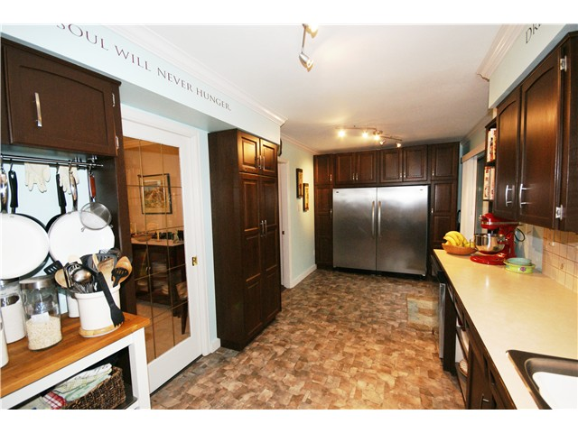 Photo 6: 9540 PATTERSON Road in Richmond: West Cambie House 1/2 Duplex for sale : MLS(r) # V1070788
