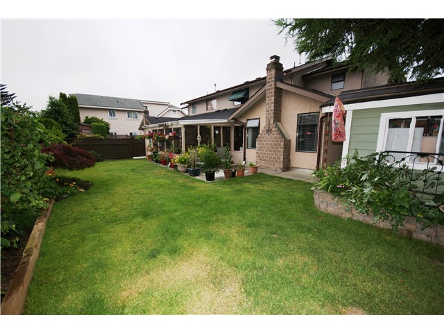 Photo 19: 9540 PATTERSON Road in Richmond: West Cambie House 1/2 Duplex for sale : MLS® # V1070788