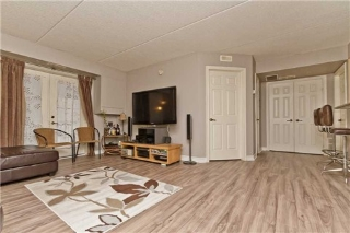 Main Photo: 106 1460 Bishops Gate in Oakville: Glen Abbey Condo for sale : MLS(r) # W3174801