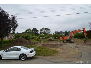 Main Photo: B 4062 Altamont Avenue in VICTORIA: SW Strawberry Vale Land for sale (Saanich West)  : MLS(r) # 351853