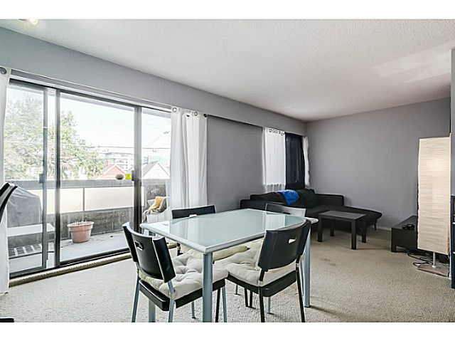 Photo 7: 204 1827 W 3RD Avenue in Vancouver: Kitsilano Condo for sale (Vancouver West)  : MLS® # V1136248