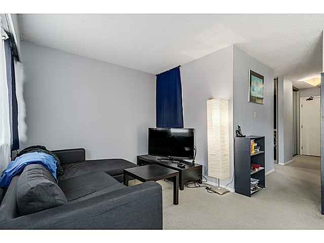 Photo 2: 204 1827 W 3RD Avenue in Vancouver: Kitsilano Condo for sale (Vancouver West)  : MLS® # V1136248