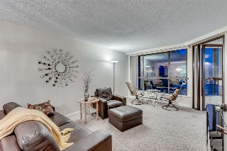 "Main Photo: 307 1490 PENNYFARTHING Drive in Vancouver: False Creek Condo for sale in ""HARBOUR COVE"" (Vancouver West)  : MLS® # R2016077"